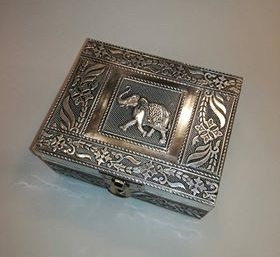 Caja forrada de aluminio